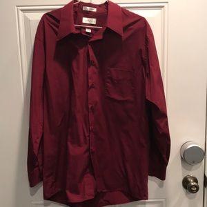 Men's Wine dress shirt sz 17 32/33 Van Heusen